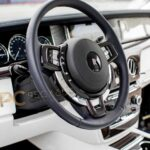 Rolls-Royce-Phantom-VIII-8-dashboard.jpg