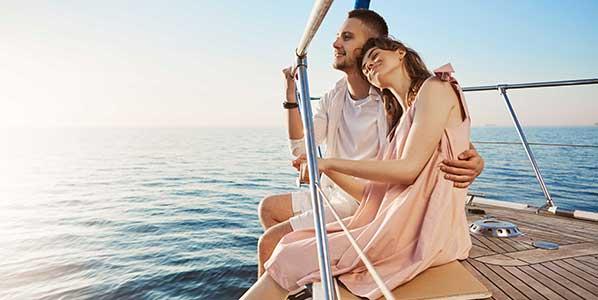 couple-engoying-ship-southampton-london-transfers-home.jpg