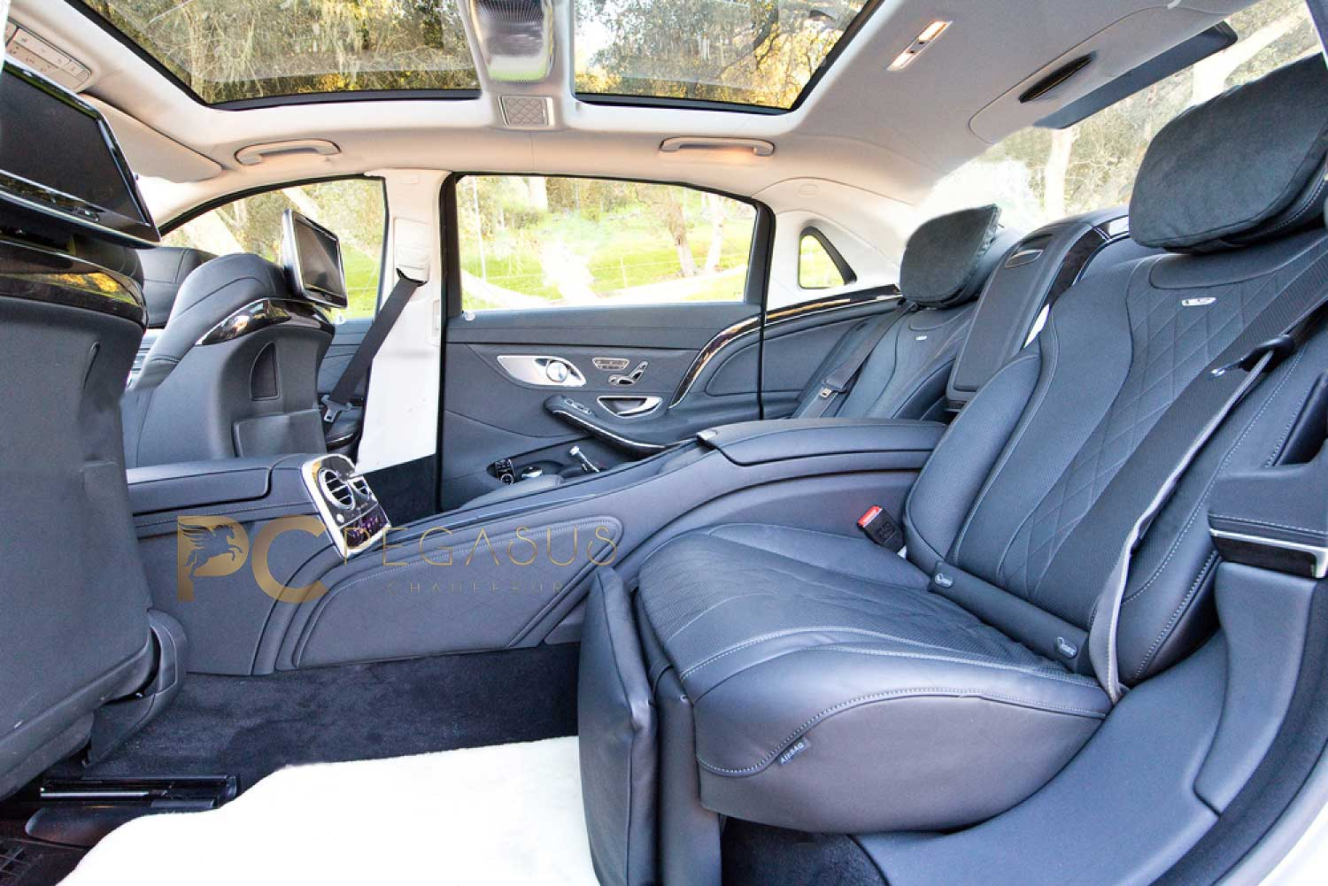 mercedes-s-class-chauffeur-iner-back-look