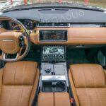 range-rover-front-dashboard-view.jpg