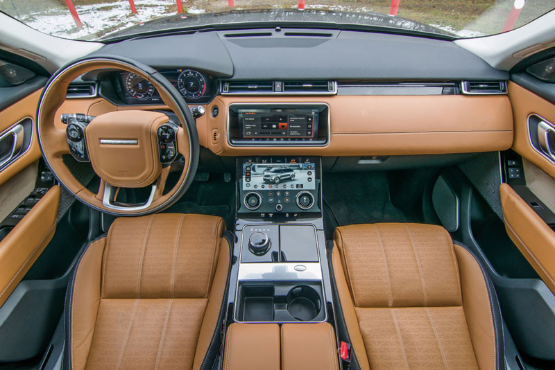 range-rover-front-dashboard-view