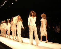 London-Fashion-Week.png